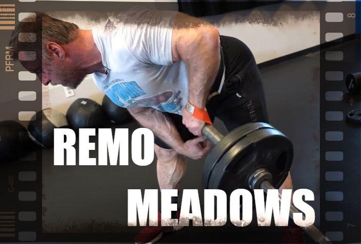 Técnica, beneficios y músculos implicados del remo Meadows